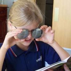 girl-testing-glasses
